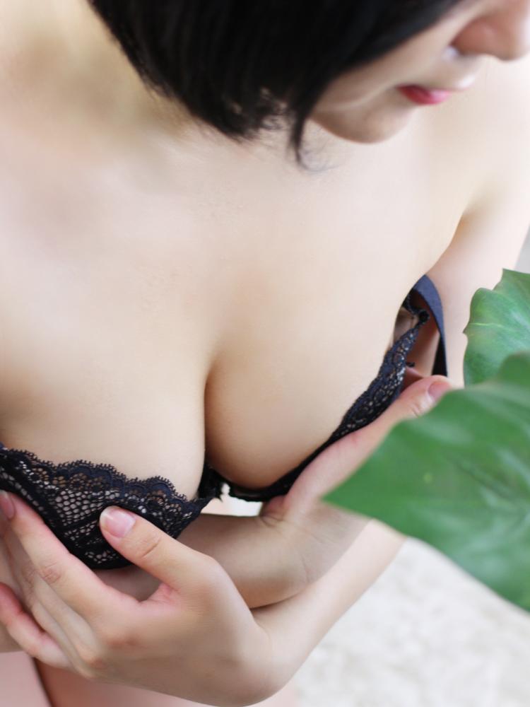 絵美里(えみり)25才